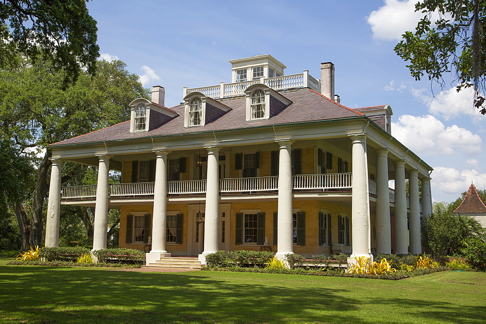 Houmas House Plantation, built during the 1770s, near Burnside, Louisiana, United States of America, North America