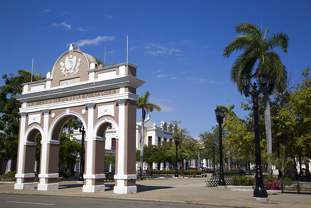 Arch of Triumph in Jose Marti Park, Cienfuegos City, UNESCO World Heritage Site, Cienfuegos, Cuba, West Indies, Central America