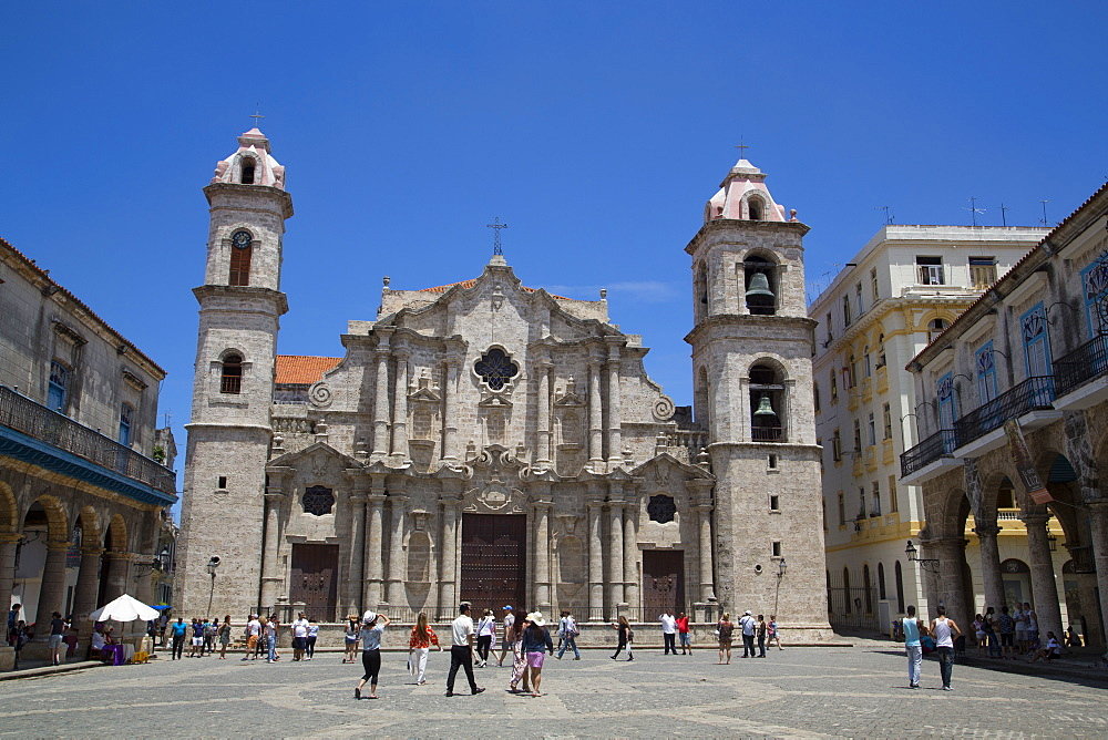 Cathedral de San Cristobal, La Habana Vieja, UNESCO World Heritage Site, Havana, Cuba, West Indies, Central America