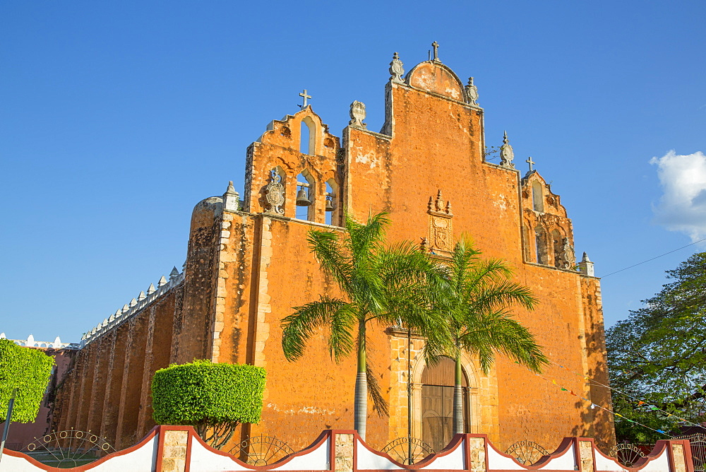 Church of San Juan Bautista, founded 1609, Tekax, Yucatan, Mexico, North America