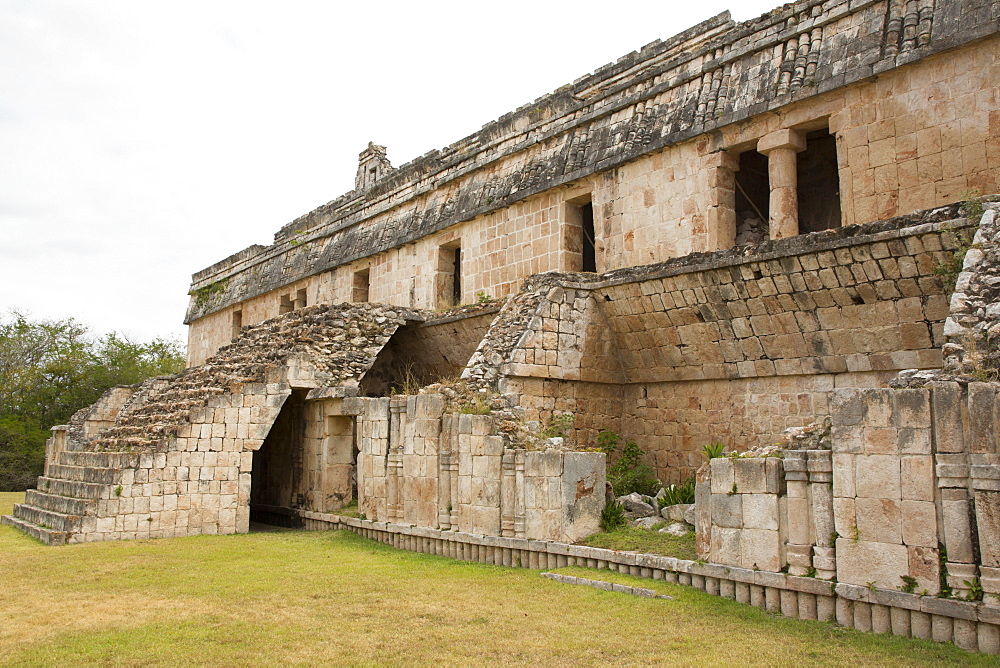 Palace (Teocalli), Kabah Archaeological Site, Mayan Ruins, Puuc style, Yucatan, Mexico, North America - 801-2300