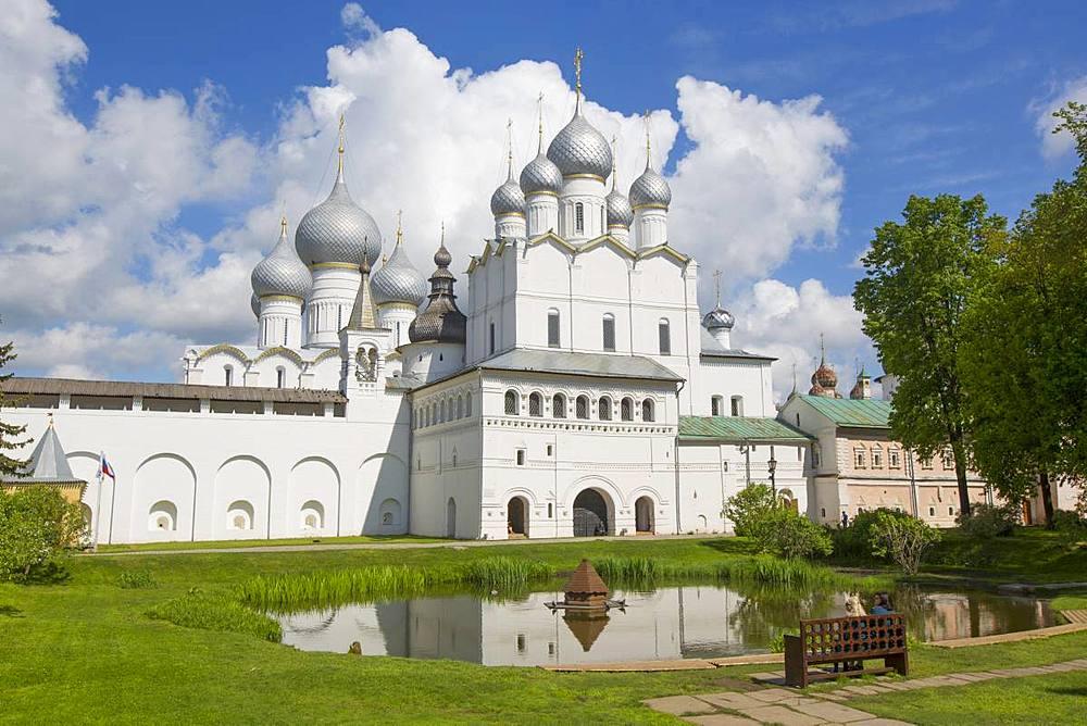 Resurrection of Christ Gate Church, Kremlin, Rostov Veliky, Golden Ring, Yaroslavl Oblast, Russia, Europe - 801-2333