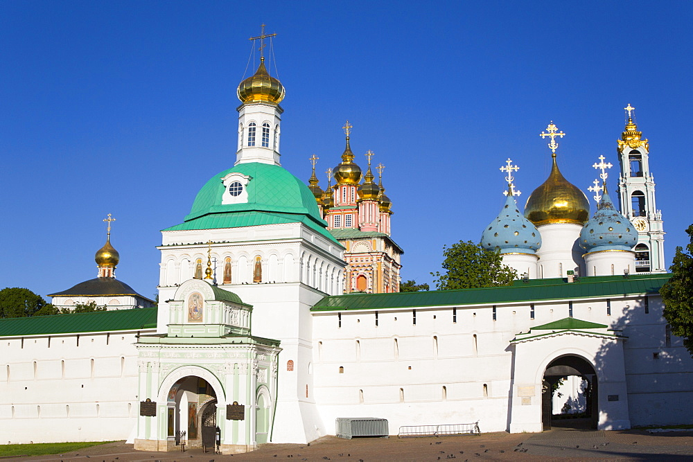 Holy Gate, The Holy Trinity Saint Sergius Lavra, UNESCO World Heritage Site, Sergiev Posad, Russia, Europe - 801-2387
