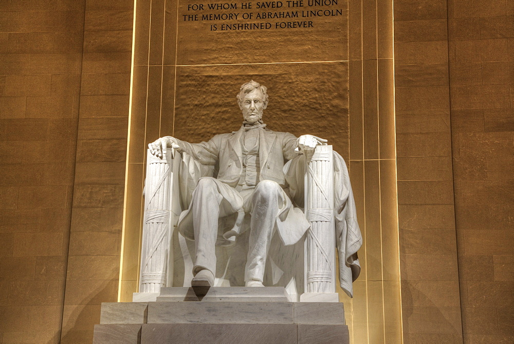Evening, Statue of Abraham Lincoln, Lincoln Memorial, Washington D.C., United States of America, North America - 801-2437