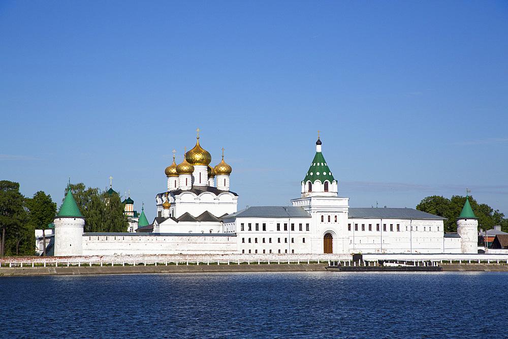 Monastery of St. Ipaty (Ipatievsky) (Ipatiev Monastery), Kostroma, Kostroma Oblast, Russia, Europe
