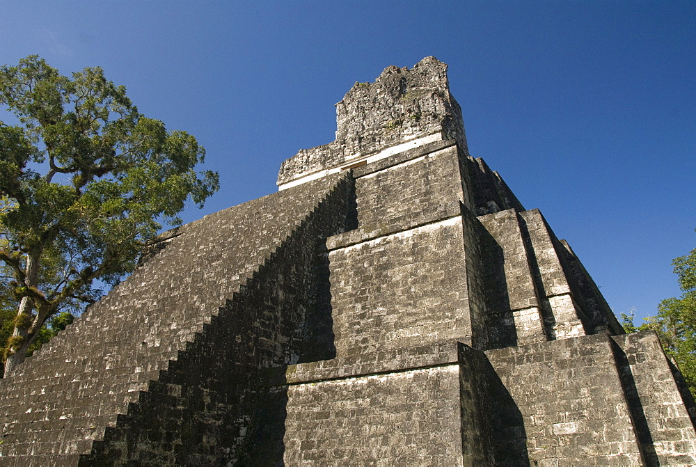 Temple No. 2 (Temple of the Masks), Great Plaza, Tikal, UNESCO World Heritage Site, Tikal National Park, Peten, Guatemala, Central America