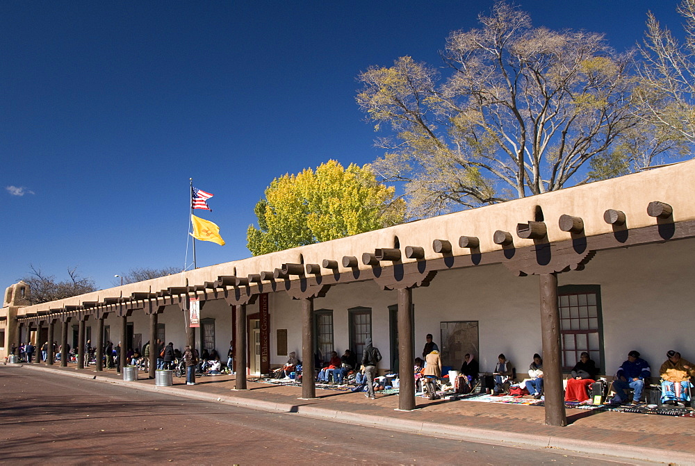 Pueblo Indians selling their wares at the Palace of Governors, built in 1610, Santa Fe, New Mexico, United States of America, North America