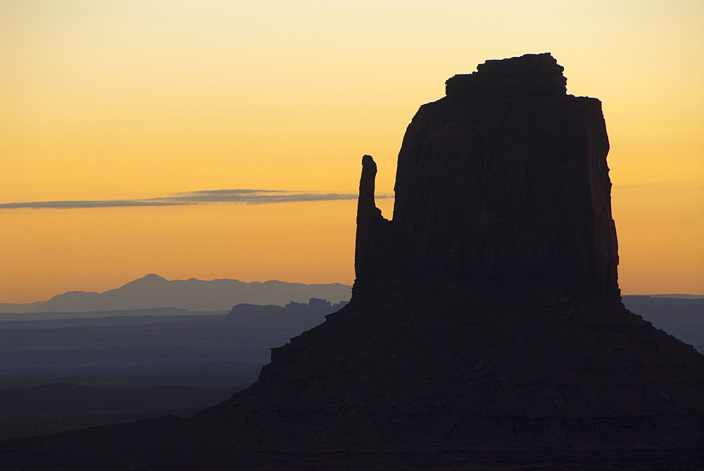 Monument Valley Navajo Tribal Park, West Mitten (sunrise), Utah, United States of America, North America