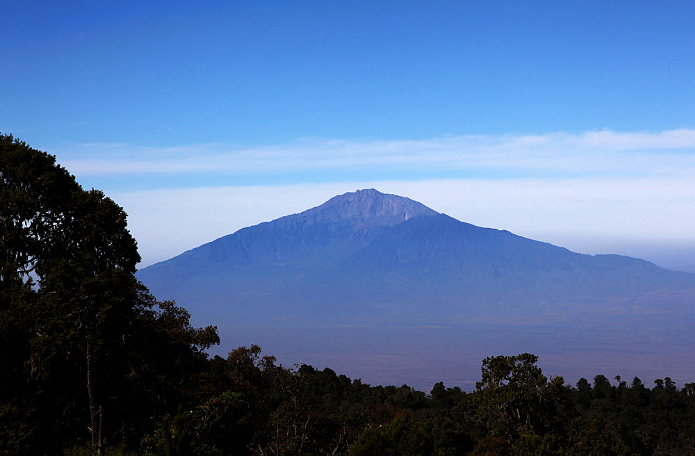 Looking towards Mount Meru from the Shira Plateau below Kilimanjaro's Uhuru Peak, Mount Kilimanjaro, Tanzania, East Africa, Africa