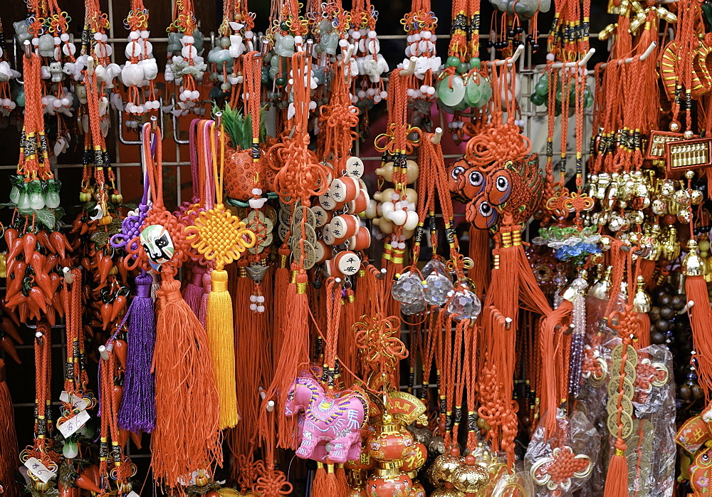 Chinese souvenirs on a market stall in Singapore, Southeast Asia, Asia
