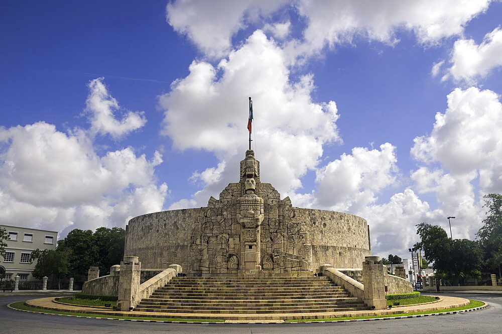Homeland Monument by sculptor Romulo Rozo on the Paseo de Montejo in Merida, Yucatan, Mexico, North America