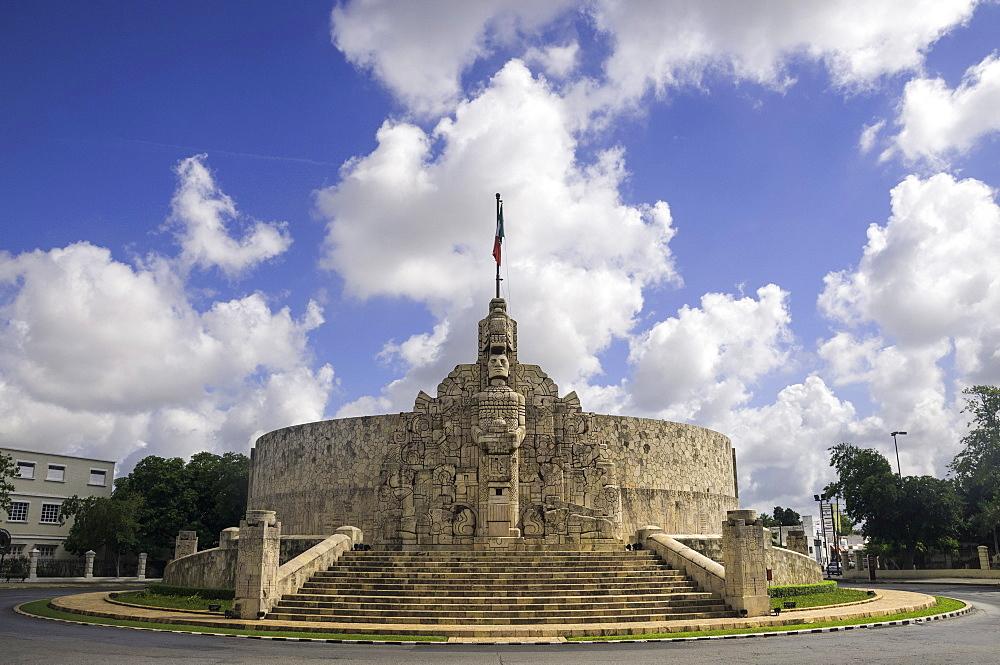 Homeland Monument by sculptor Romulo Rozo on the Paseo de Montejo in Merida, Yucatan, Mexico, North America - 803-271