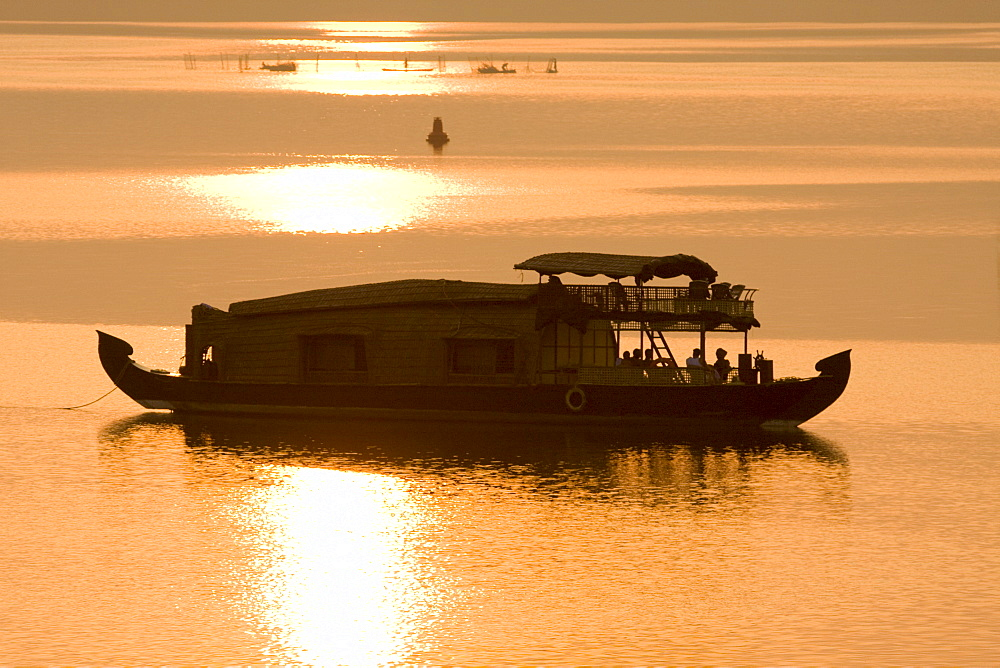 Houseboat at dusk in Ashtamudi Lake, Kollam, Kerala, India, Asia - 804-298