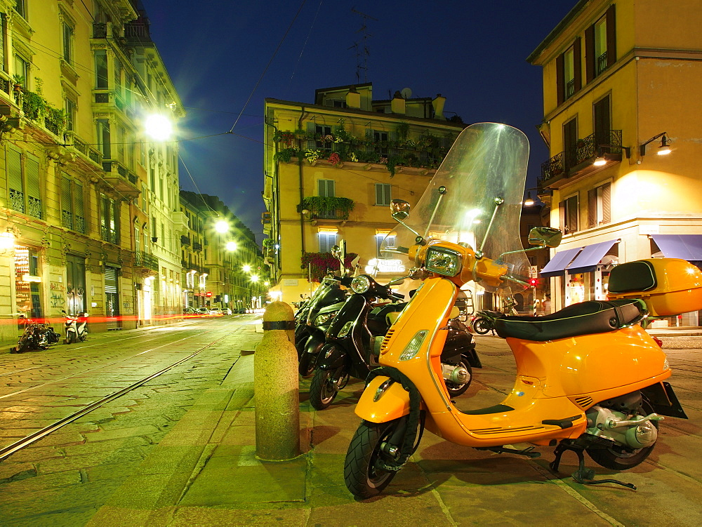 Scooter, Brera District, Milan, Lombardy, Italy, Europe - 806-294