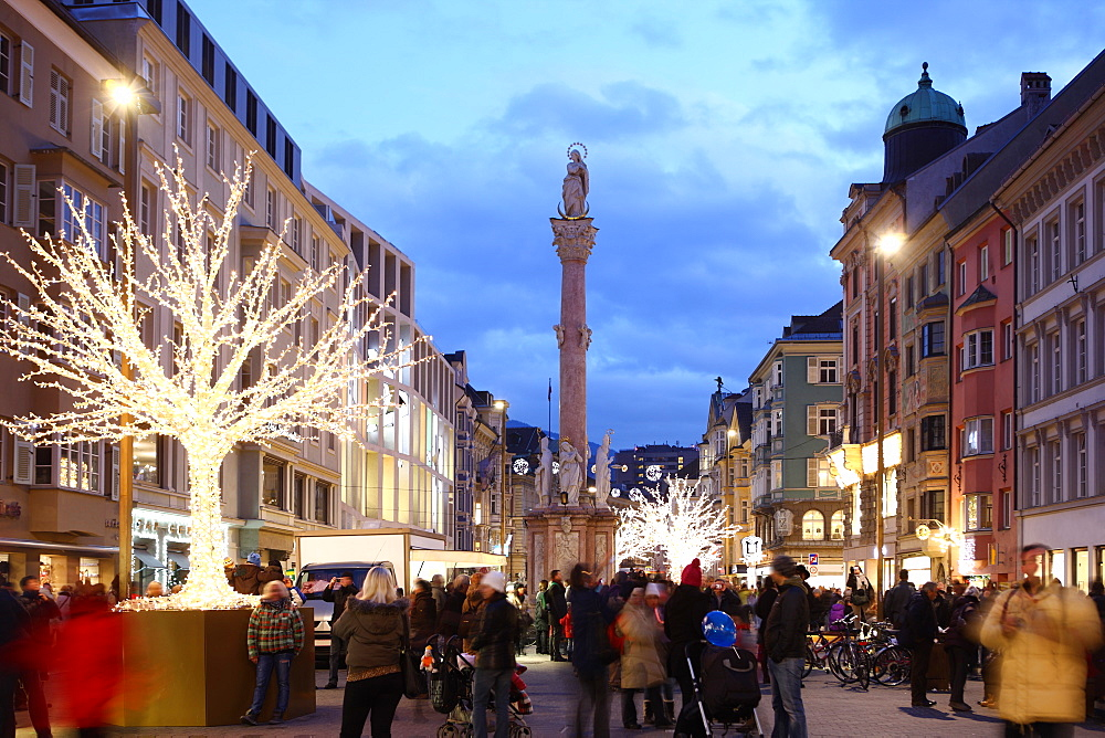 Christmas tree at dusk, Innsbruck, Tyrol, Austria, Europe - 806-298