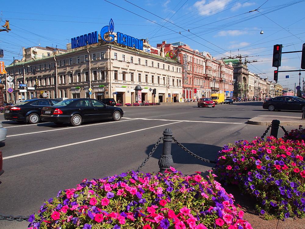 Nevsky Prospekt, St. Petersburg, Russia, Europe - 806-310
