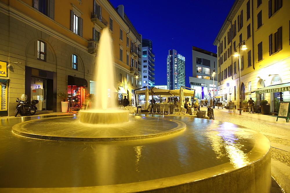 Corso Como at dusk, Milan, Lombardy, Italy, Europe - 806-326