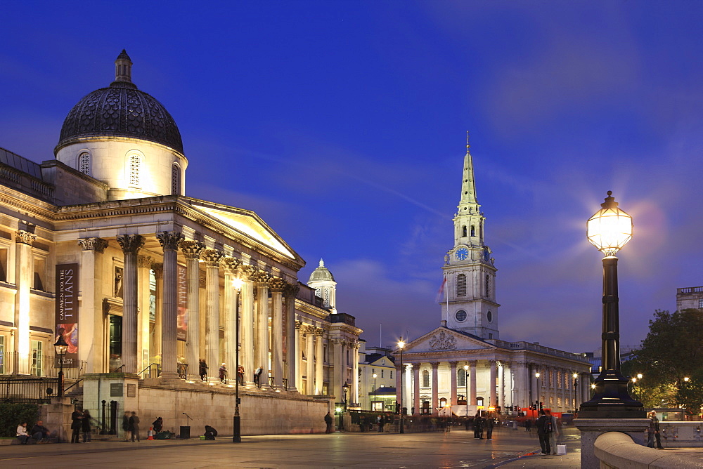 National Gallery at dusk, Trafalgar Square, London, England, United Kingdom, Europe - 806-36