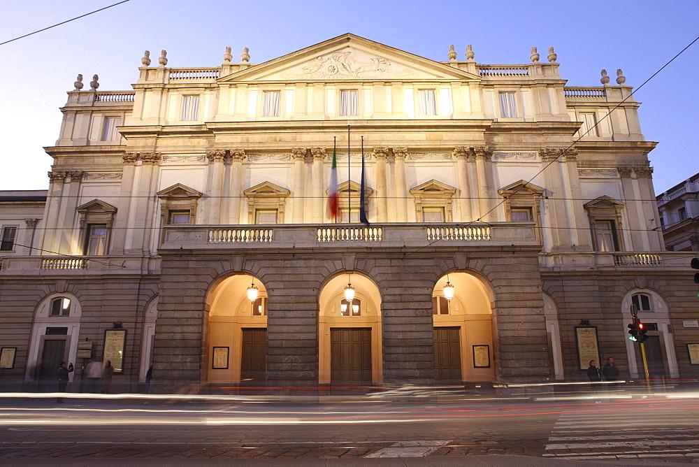 Teatro Alla Scala at dusk, Milan, Lombardy, Italy, Europe