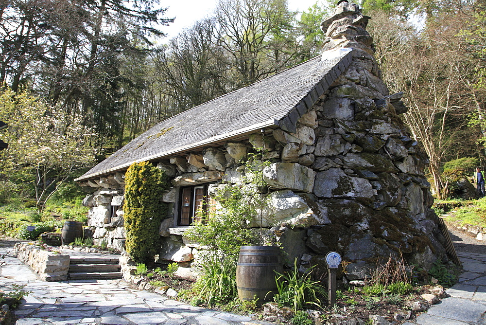 The Ugly House, Ty Hyll, Snowdonia National Park, Snowdonia, North Wales, Wales, United Kingdom, Europe