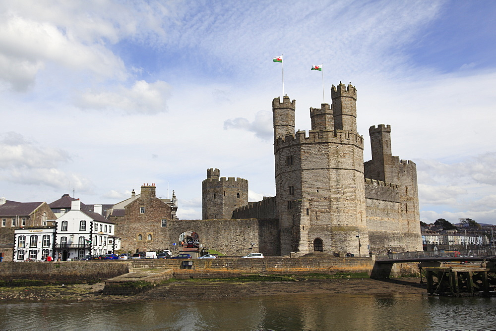 Caernarfon Castle, UNESCO World Heritage Site, Caernarfon, Gwynedd, North Wales, Wales, United Kingdom, Europe