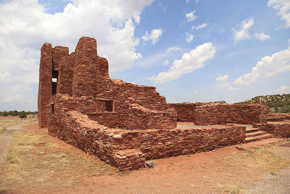 Church ruins, Abo,Salinas Pueblo Missions National Monument, Salinas Valley, New Mexico, United States of America, North America