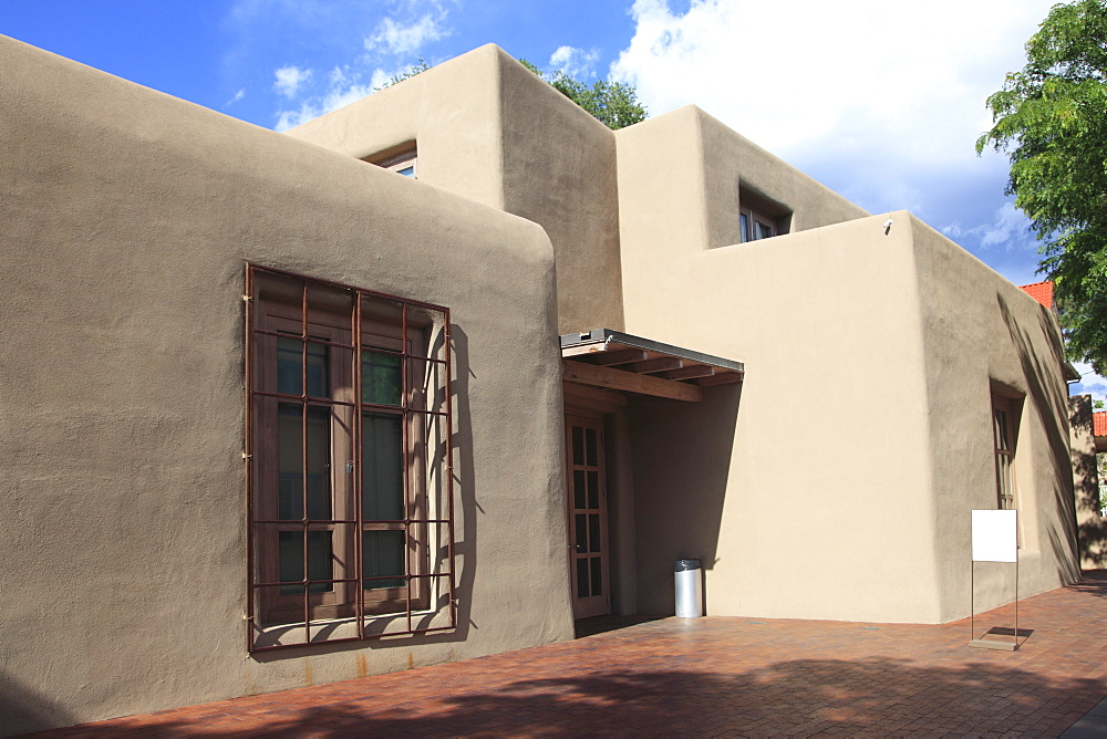 Georgia O'Keeffe Museum, Adobe Architecture, Santa Fe, New Mexico, United States of America, North America
