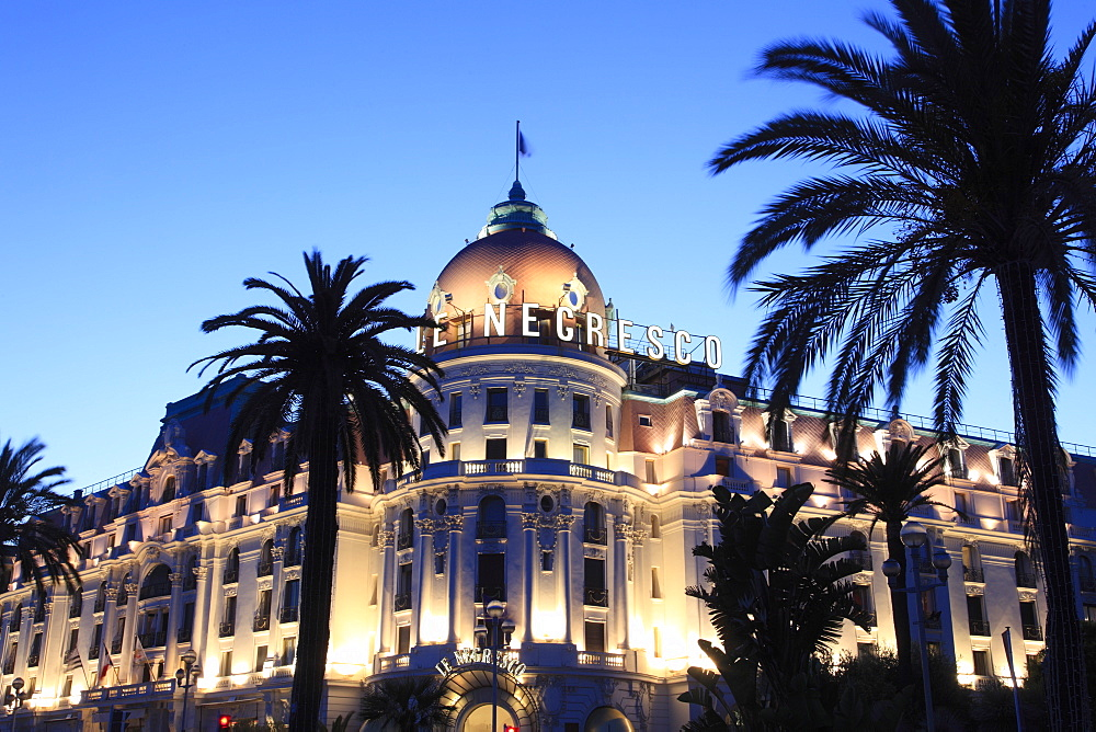 Hotel Negresco at night, Promenade des Anglais, Nice, Cote d'Azur, Alpes Maritimes, Provence, French Riviera, France, Europe