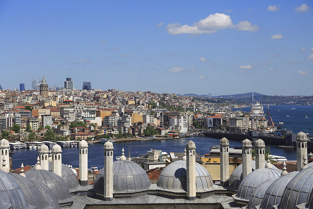 View of Beyoglu District, Golden Horn from Suleymaniye Mosque, UNESCO World Heritage Site, Istanbul, Turkey, Europe