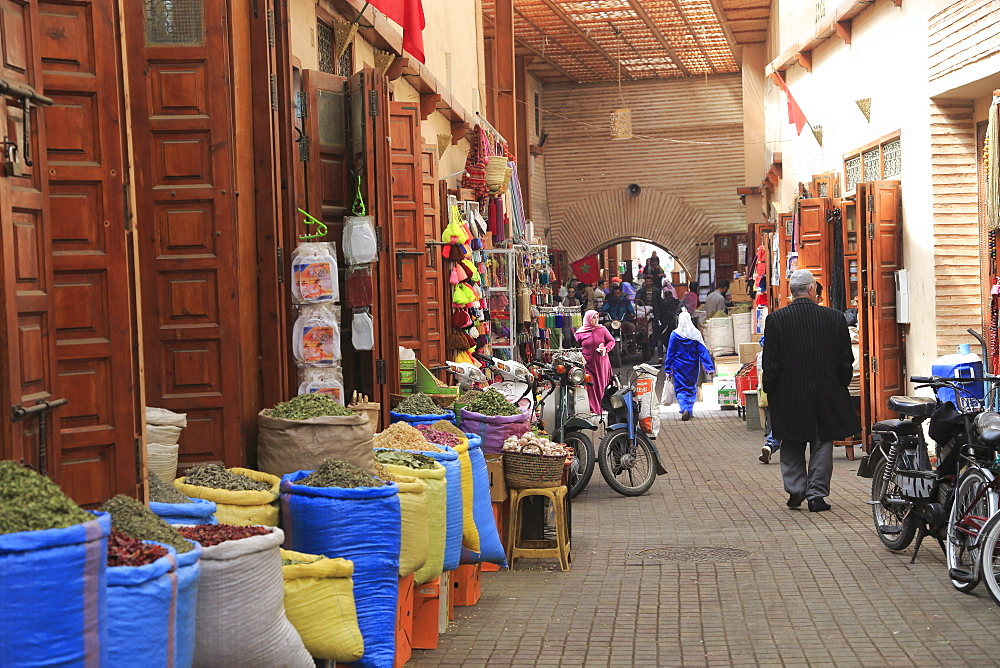 Spice Market, Souk, Mellah (Old Jewish Quarter), Marrakesh (Marrakech), Morocco, North Africa, Africa - 807-1962