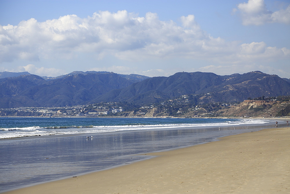 Beach, Santa Monica, Pacific Ocean, Malibu Mountains, Los Angeles, California, USA