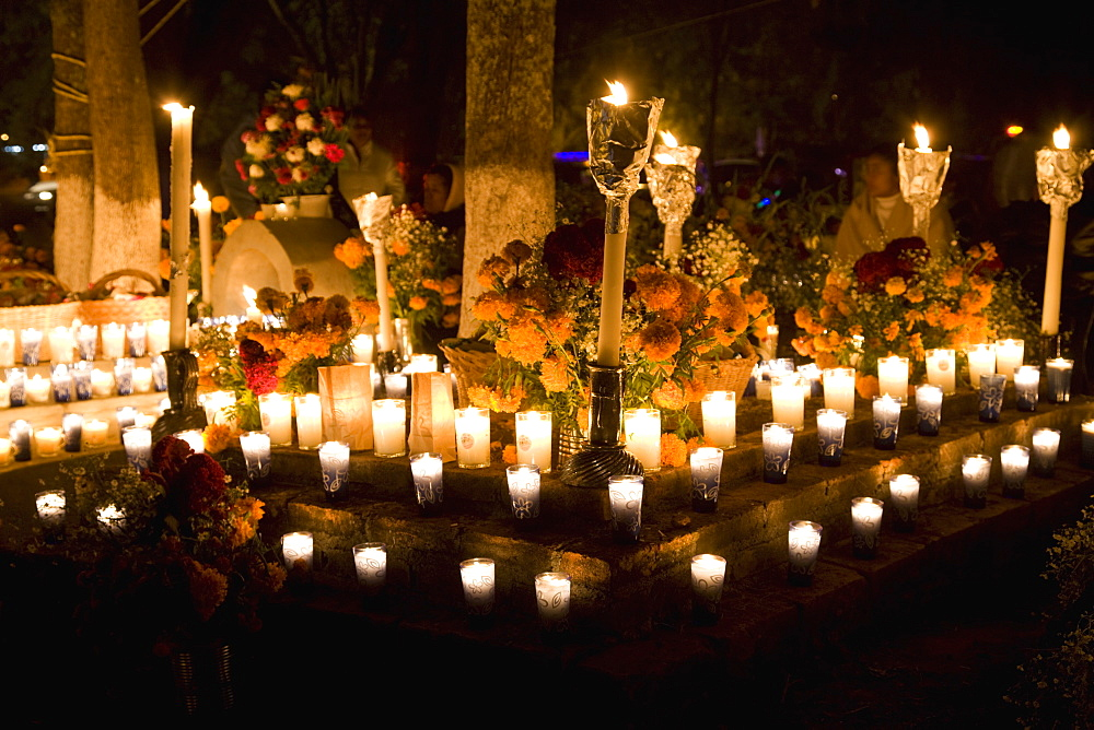 Cemetery Vigils, Day of the Dead, Tzintzuntzan, near Patzcuaro, Michoacan state, Mexico, North America