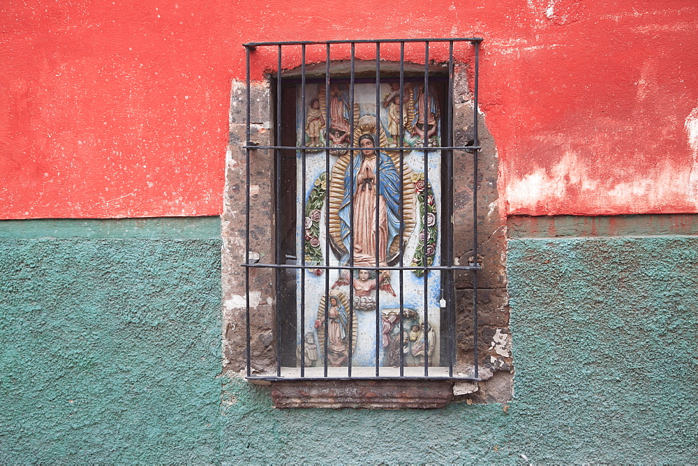 Window, San Miguel de Allende, Mexico, North America - 807-46