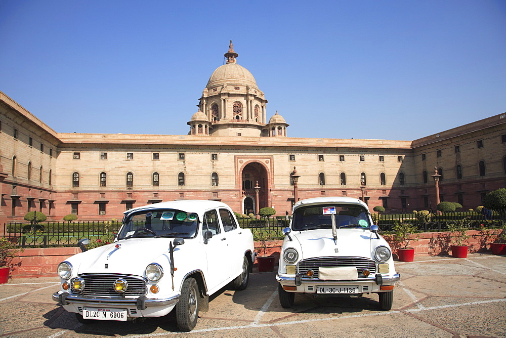 Ambassador cars, Secretariat North Block, offices for government ministers, New Delhi, India, Asia