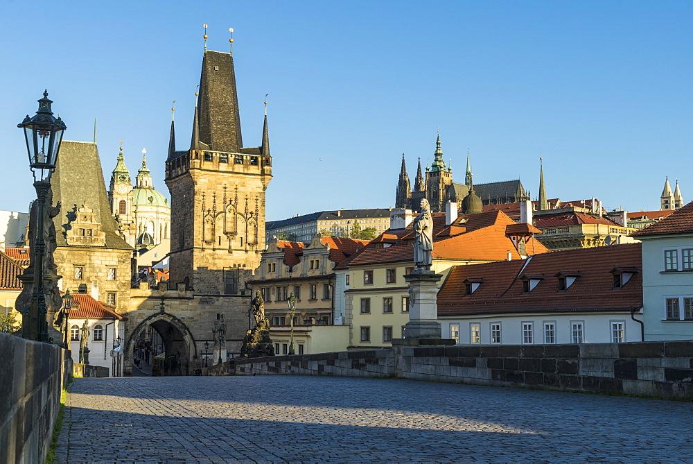 Early morning on Charles Bridge, UNESCO World Heritage Site, Prague, Czech Republic, Europe
