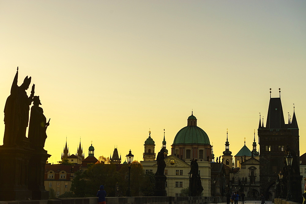 Charles Bridge and Old Town spires, UNESCO World Heritage Site, Prague, Czech Republic, Europe - 808-1535