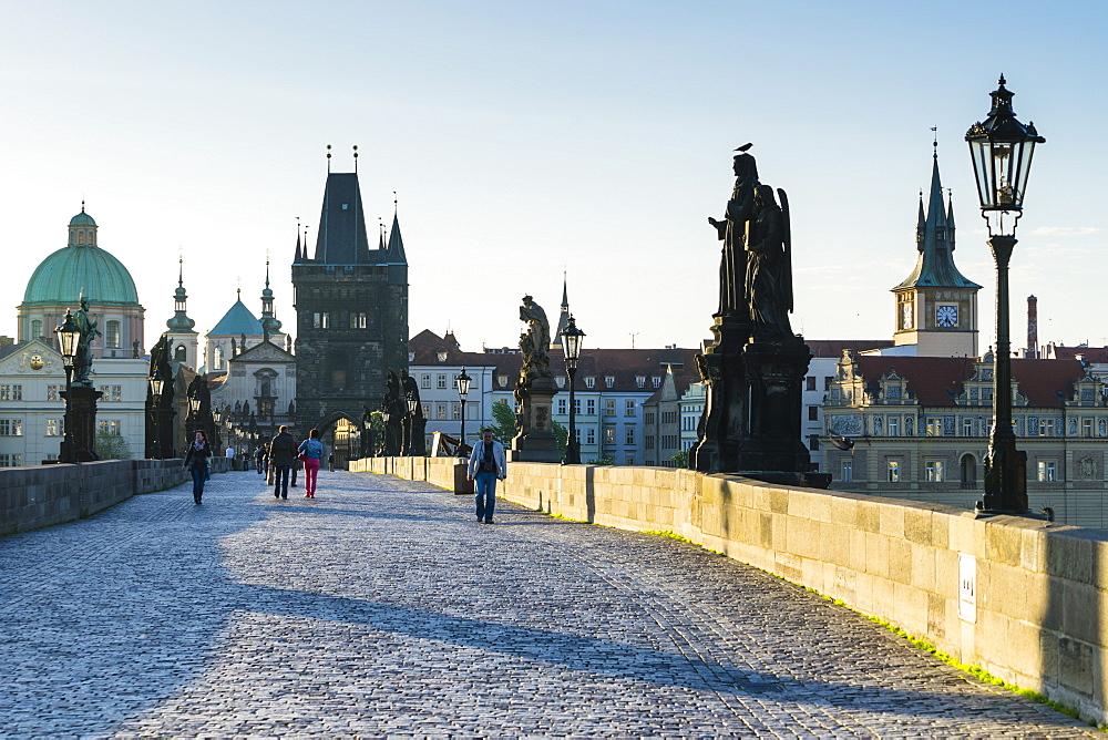 Charles Bridge, UNESCO World Heritage Site, Prague, Czech Republic, Europe - 808-1538
