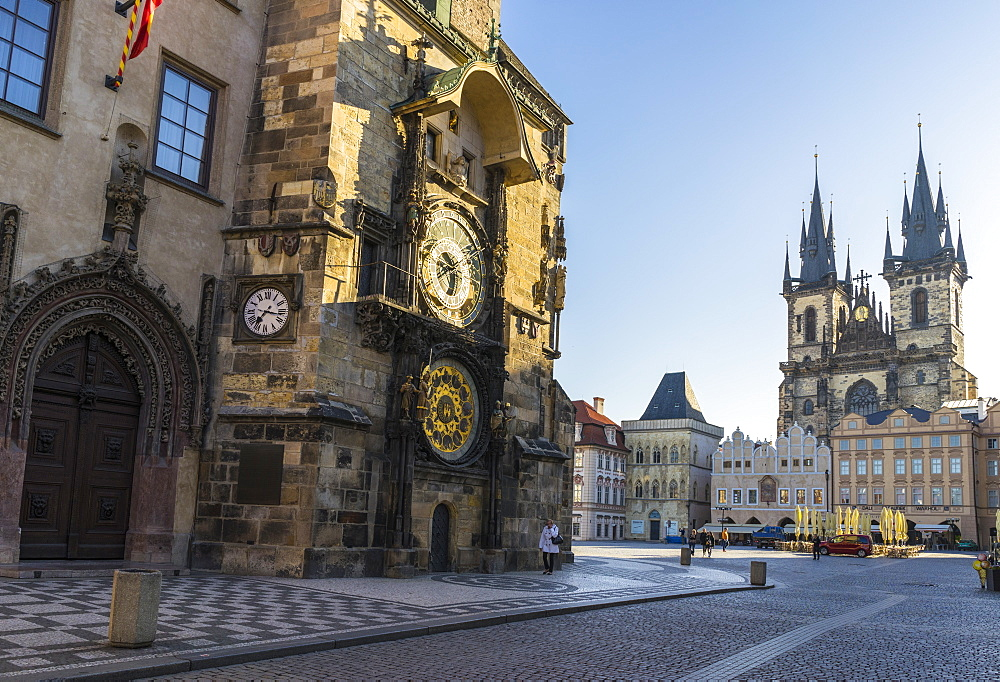 Astronomical Clock and Old Town Hall with the Church of Our Lady Before Tyn beyond, Old Town Square, UNESCO World Heritage Site, Prague, Czech Republic, Europe - 808-1539