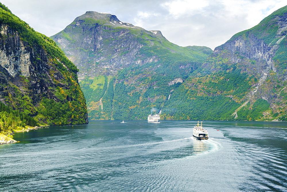 Gerainger Fjord, UNESCO World Heritage Site, Norway, Scandinavia, Europe - 808-1555