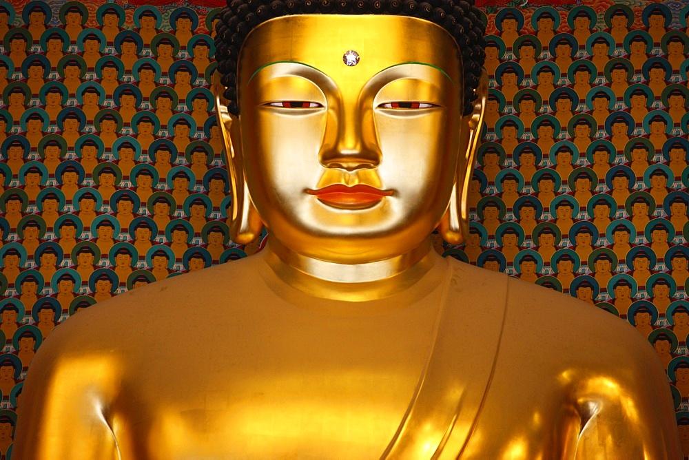 Sakyamuni Buddha, Main Hall, Jogyesa Temple, Seoul, South Korea, Asia