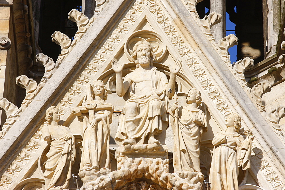 The Last Judgment, west front of Reims Cathedral, UNESCO World Heritage Site, Reims, Marne, France, Europe