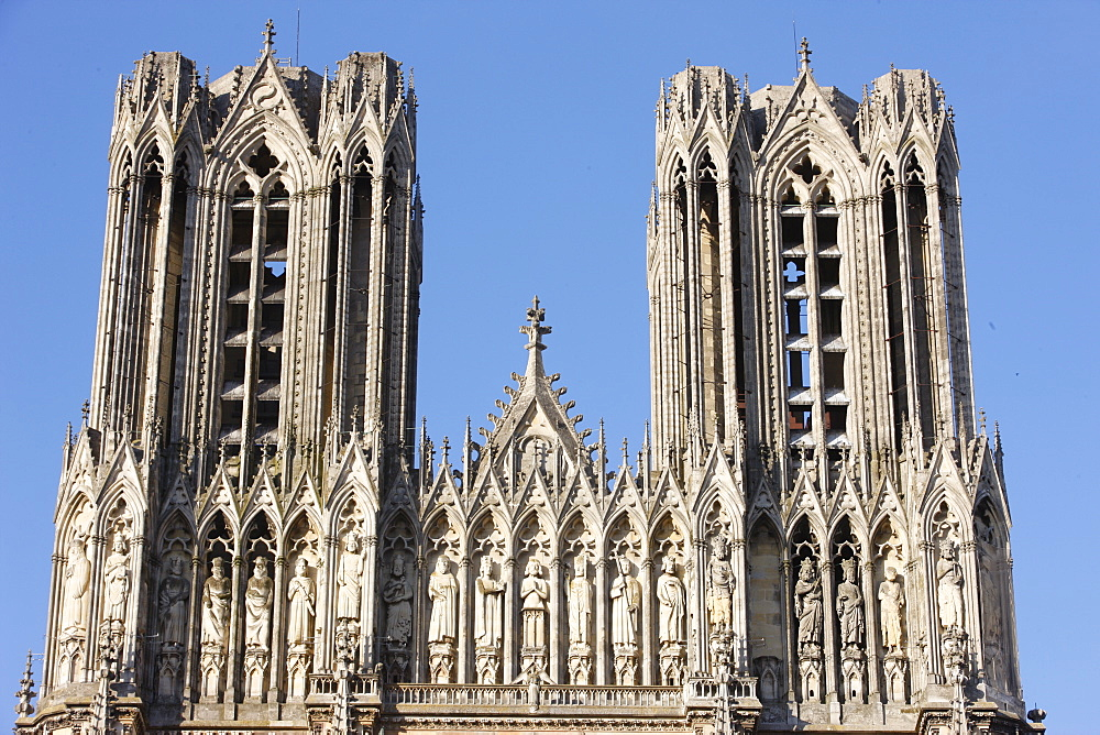 Towers and Kings' Gallery, Reims Cathedral, Reims, Marne, France, Europe