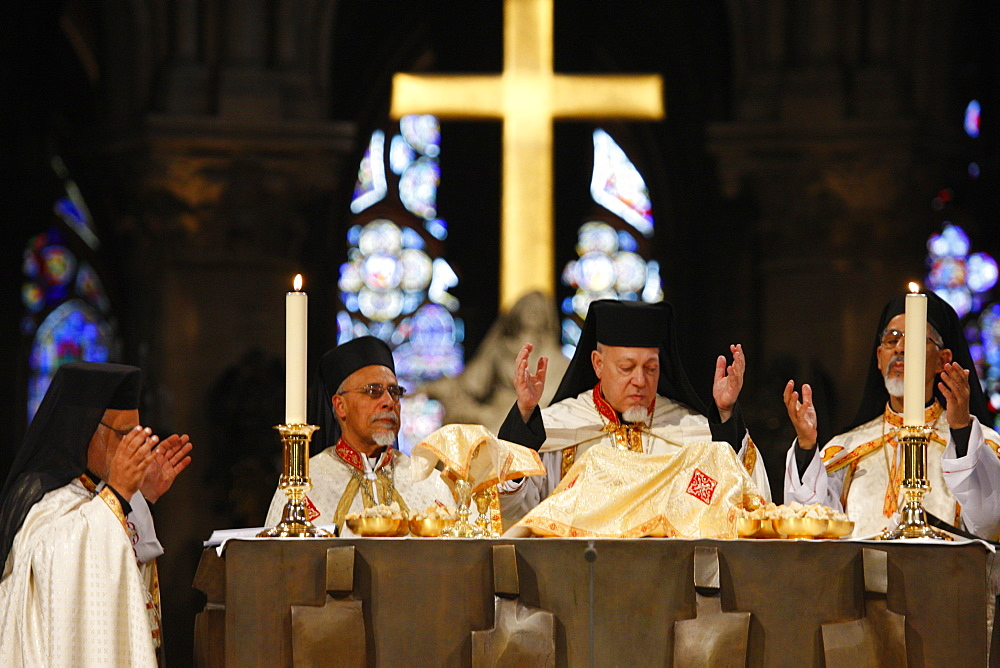 Eastern (Oriental) church yearly Mass in Notre Dame Cathedral, Paris, France, Europe - 809-3127