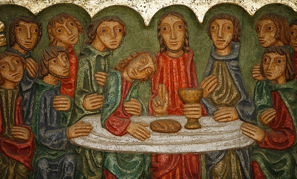 Main altar sculpture dating from 1980, of the Last Supper, by Claude Gruer, Saint-Samson cathedral, Dol-de-Bretagne, Ille-et-Vilaine, Brittany, France, Europe