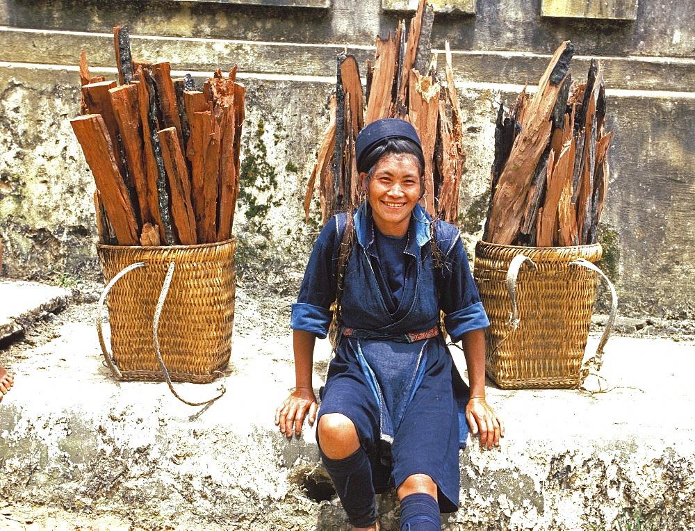 Hmong woman in Sapa region, North Vietnam, Vietnam, Indochina, Southeast Asia, Asia
