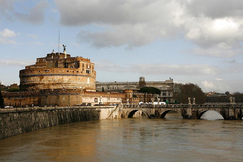 Castel Sant Angelo and River Tiber, Rome, Lazio, Italy, Europe