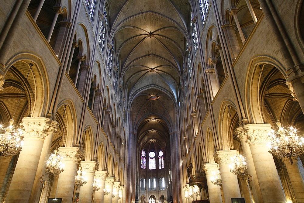 Nave, Notre-Dame de Paris cathedral, Paris, France, Europe