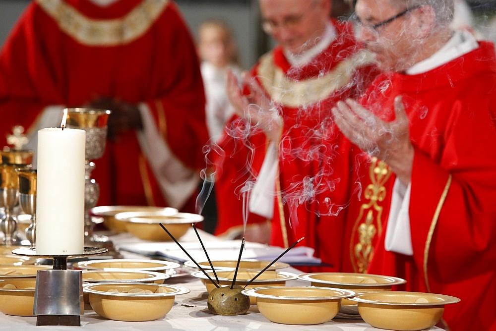 Eucharist celebration, Catholic Mass, L'Ile St. Denis, France, Europe - 809-5074