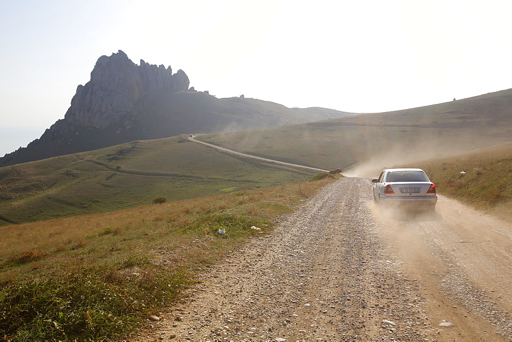 Road to Besh Barmaq mountain, Siyazan, Azerbaijan, Central Asia, Asia