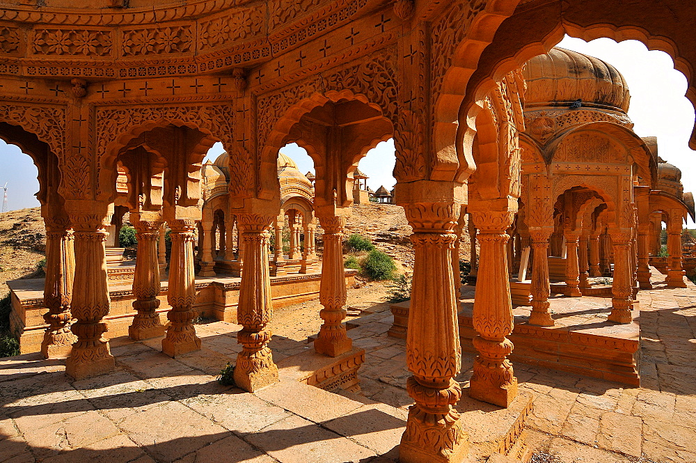 Bada Bagh (Barabagh), royal cenotaphs (chhatris) of Maharajas of Jaisalmer State, Jaisalmer, Rajasthan, India, Asia